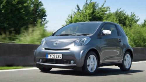 Toyota lanseaza IQ Dual VVT-i de 1,3 litri12058