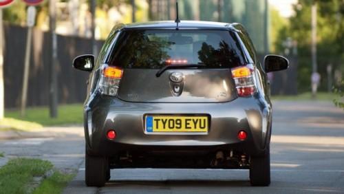 Toyota lanseaza IQ Dual VVT-i de 1,3 litri12060