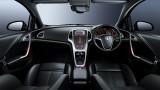 Primele poze oficiale cu interiorul noului Astra12049