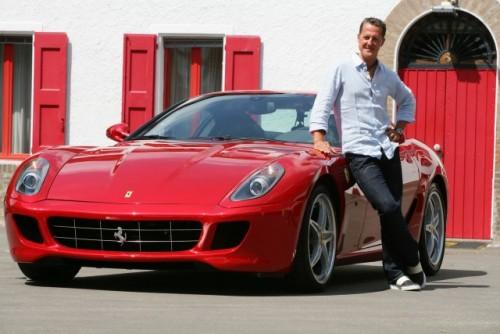 Schumacher a revenit pe circuit la bordul unui Ferrari 599 GTB HGTE11940