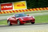 Schumacher a revenit pe circuit la bordul unui Ferrari 599 GTB HGTE11942