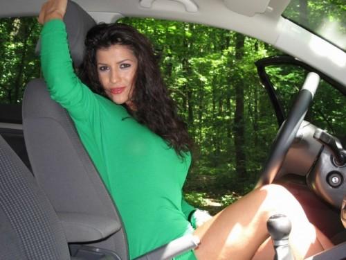 EXCLUSIV: Fetele de la masini.ro (5)11749