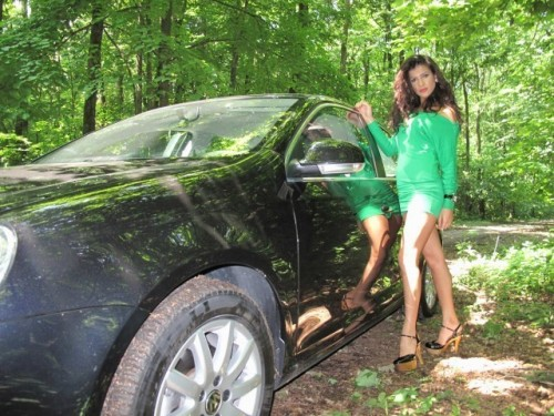 EXCLUSIV: Fetele de la masini.ro (5)11750