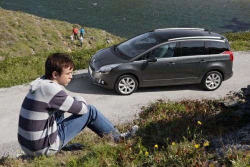 Premiera: Iata noul Peugeot 5008!11585