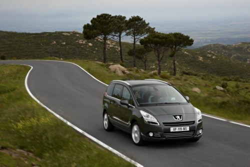 Premiera: Iata noul Peugeot 5008!11589