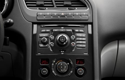 Premiera: Iata noul Peugeot 5008!11597