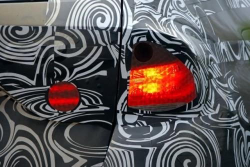 Oficial: Viitorul BMW X1 in versiune camuflata11511