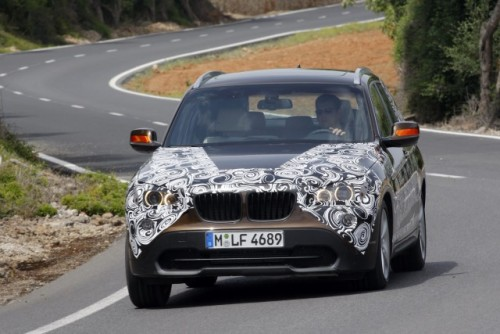 Oficial: Viitorul BMW X1 in versiune camuflata11529