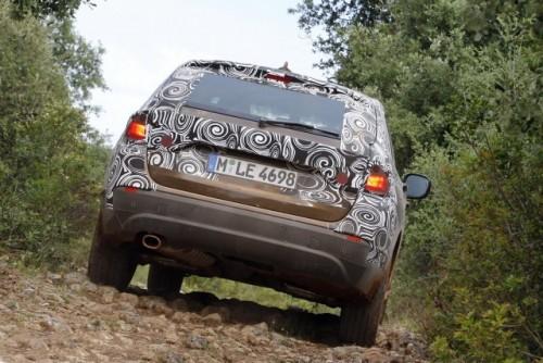 Oficial: Viitorul BMW X1 in versiune camuflata11551