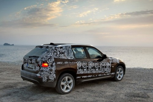 Oficial: Viitorul BMW X1 in versiune camuflata11559