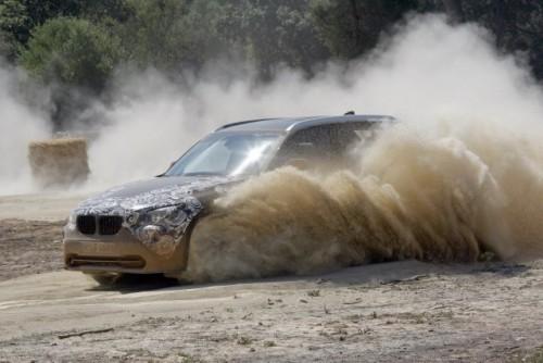 Oficial: Viitorul BMW X1 in versiune camuflata11573