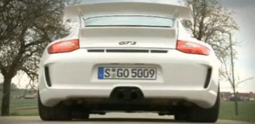 VIDEO: Prezentarea lui Porsche 911 GT311390