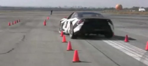 VIDEO: Drift-uri cu Fisker Karma11185