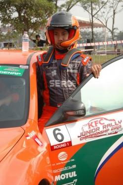 Tanara speranta a raliurilor vine din Indonezia11122