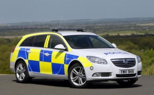 General Motors a lansat un Insignia de politie11104