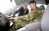 Armata britanica recruteaza 50 de hibride Toyota Prius11102