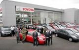 Armata britanica recruteaza 50 de hibride Toyota Prius11101