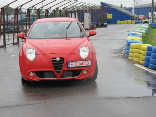 Am condus Alfa Romeo Mito10989