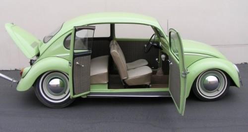Un Volkswagen Beetle din 1965 modificat de vanzare pe eBay10857