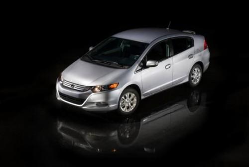 Honda Insight -cel mai bine vandut vehicul din Japonia10818