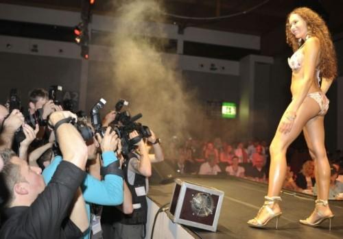 Iata cum arata Miss Tuning 2009!10558