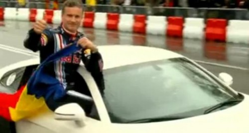 VIDEO: David Coulthard pe pista de la Mamaia10535