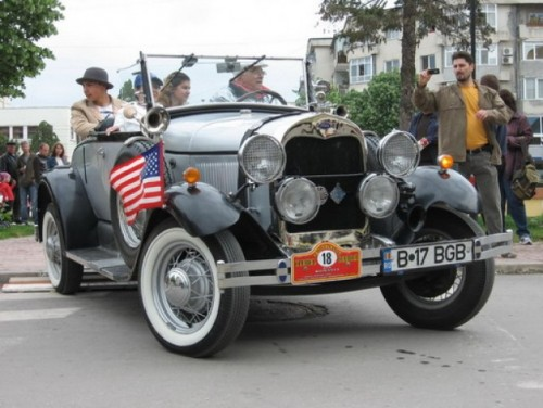 Show-ul masinilor de epoca la Buftea10415