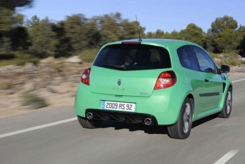 Renault anunta preturile pentru noul Clio RS 20010320