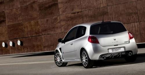 Renault anunta preturile pentru noul Clio RS 20010321