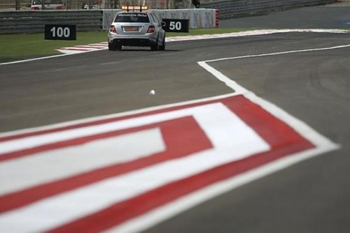 Prima sesiune de antrenamente: Hamilton invinge masinile BMW Sauber9955