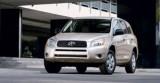 Toyota pregateste o versiune hibrida a RAV49937