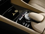 Mercedes isi sarbatoreste aniversare cu numarul 100 cu un CL500 special9896