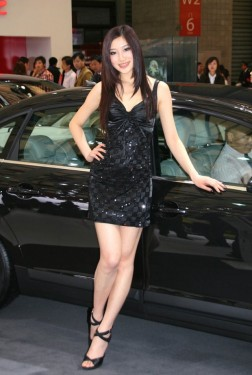 Fetele de la Salonul Auto de la Shanghai9754