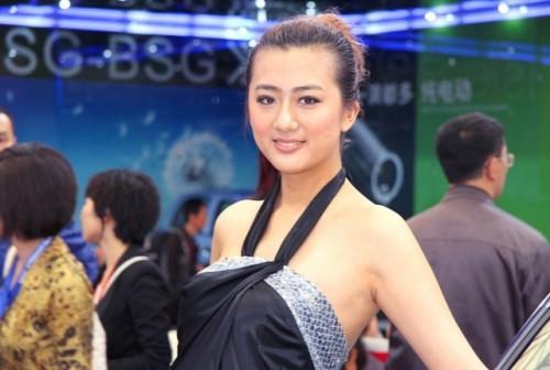 Fetele de la Salonul Auto de la Shanghai9756