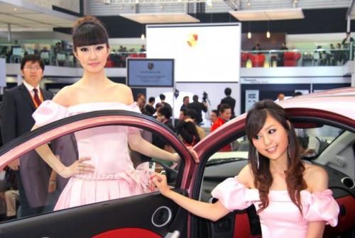 Fetele de la Salonul Auto de la Shanghai9758