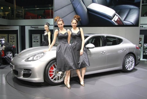 Imagini din Shanghai cu Porsche Panamera Turbo9690