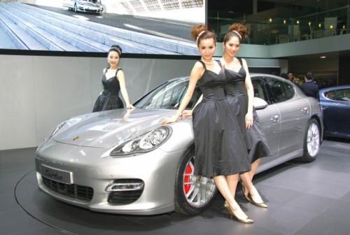 Imagini din Shanghai cu Porsche Panamera Turbo9692