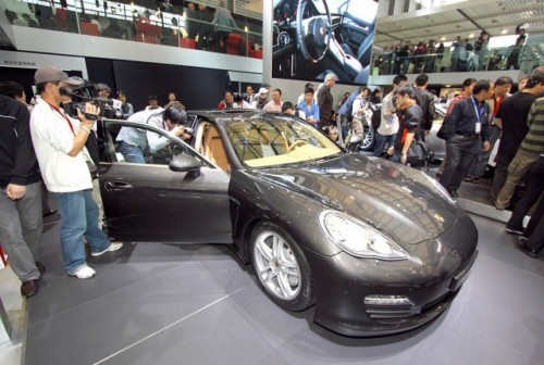 Imagini din Shanghai cu Porsche Panamera Turbo9693