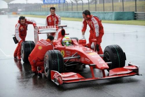 Ferrari ar putea renunta la sezonul 20099674