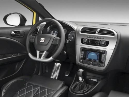 Seat a dezvelit noul Ibiza FR si Leon Cupra facelift9660