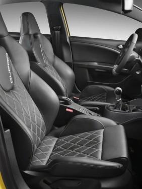 Seat a dezvelit noul Ibiza FR si Leon Cupra facelift9661