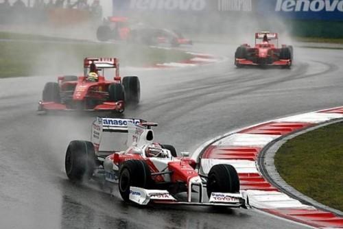 Vettel castiga Marele Premiu al Chinei9647