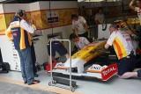 Renault si Kubica renunta la KERS, Glock penalizat9634