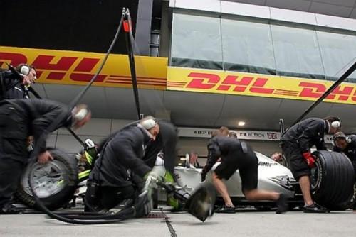 Prima sesiune de antrenamente: McLaren a inviat in China9624