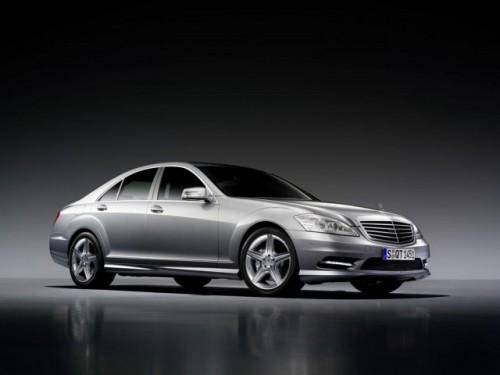 Mercedes lanseaza pachete sport AMG pentru S-Class si CL-Class9530