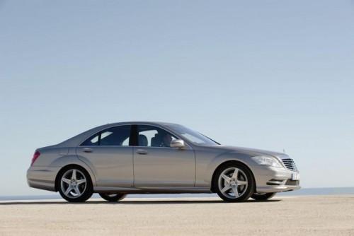 Mercedes lanseaza pachete sport AMG pentru S-Class si CL-Class9541
