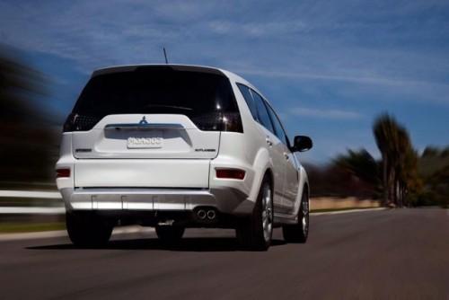 Prototipul Mitsubishi Outlander GT prezentat la New York9237