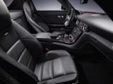 Schite si imagini de interior cu Mercedes SLS 63 AMG9101