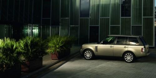 Premiera: Range Rover Facelift9006