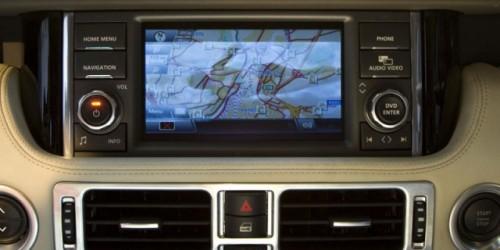 Premiera: Range Rover Facelift9015